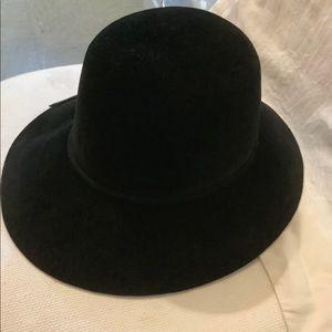 BORSALINO ITALY FELT DERBY HAT